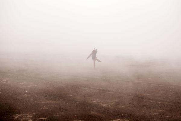 Kleinkrawallo im Nebel - springt